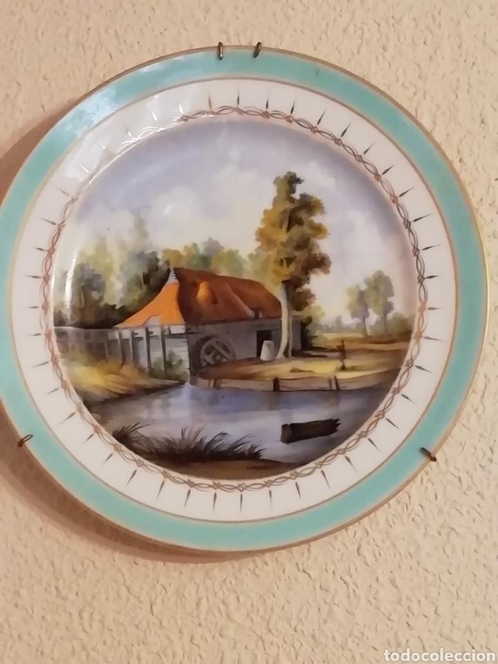 Antigüedades: Pareja de platos en porcelana alemana siguiendo a Meissen siglo XIX perfectos - Foto 2 - 165746910