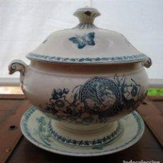 Antigüedades: ANTIGUA SOPERA S XIX CON PLATO DE LA FIRMA PICKMAN LA CARTUJA. Lote 165780710