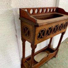 Antigüedades: PARAGUERO RECIBIDOR BASTONERO. Lote 165790330