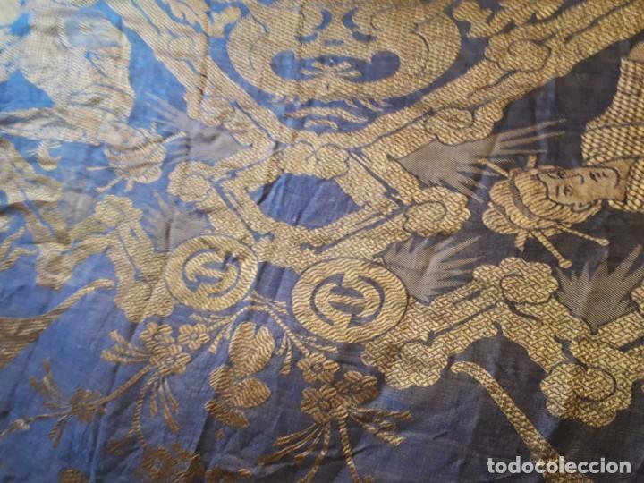 Antigüedades: Colcha antigua sedina chinesca. - Foto 7 - 165850110