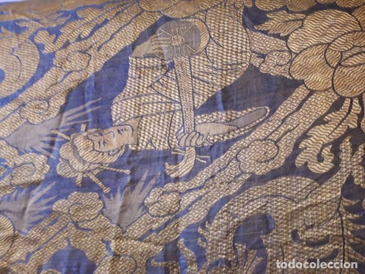 Antigüedades: Colcha antigua sedina chinesca. - Foto 15 - 165850110