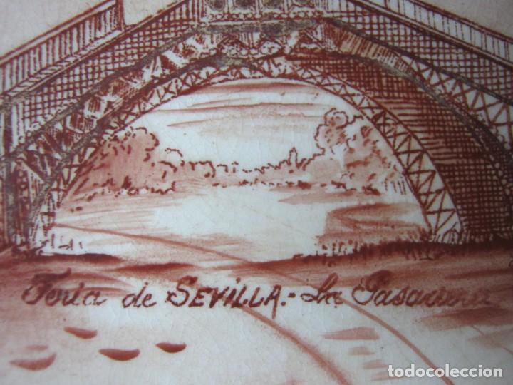 Antigüedades: Lote 3 antiguos platos modernistas con vistas de Sevilla - Pasarela Alameda Hercules Puente Triana - Foto 9 - 165885706