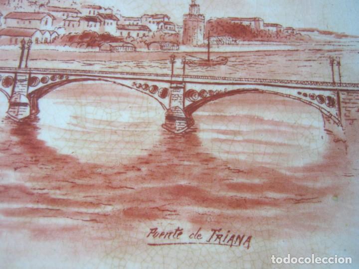 Antigüedades: Lote 3 antiguos platos modernistas con vistas de Sevilla - Pasarela Alameda Hercules Puente Triana - Foto 11 - 165885706