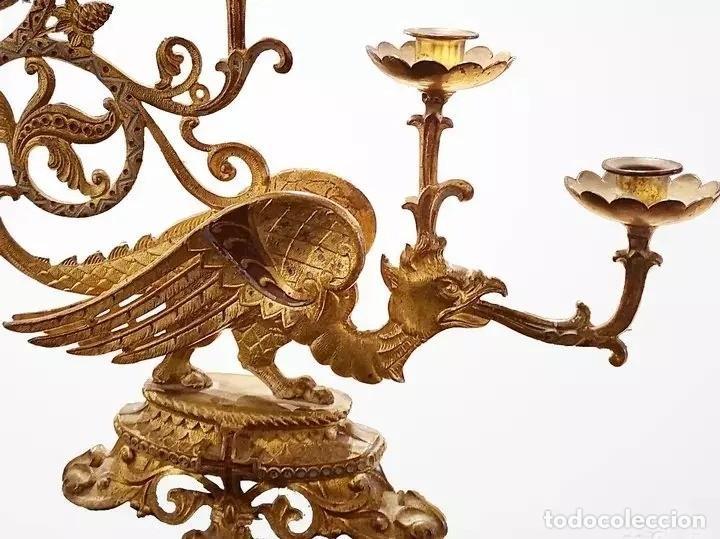 Antigüedades: Antiguo candelabro, aplique de bronce policromado con un dragón o gárgola, 5 brazos. 46x45 - Foto 2 - 165887234