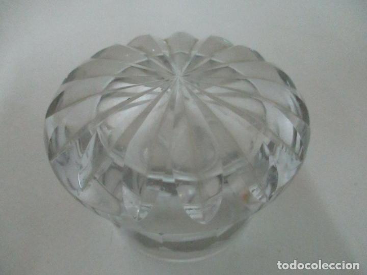 Antigüedades: Bonito Bote, Frasco - Cristal Tallado - Cuello de Plata de Ley, con Contrastes - Años 50 - Foto 6 - 165964742