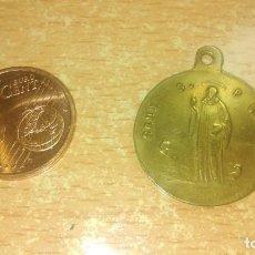 Antigüedades: MEDALLA, CRUX SAN P. BENEO DORADA. Lote 165992814