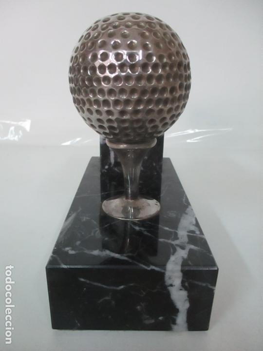 Antigüedades: Decorativo Reloj - con Bola de Golf en Plata de Ley, con Contrastes - Peana de Mármol - Foto 2 - 166013058