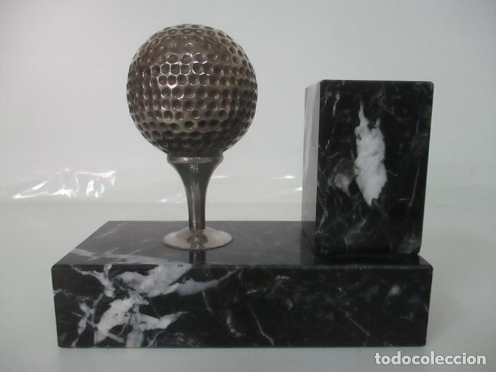 Antigüedades: Decorativo Reloj - con Bola de Golf en Plata de Ley, con Contrastes - Peana de Mármol - Foto 3 - 166013058