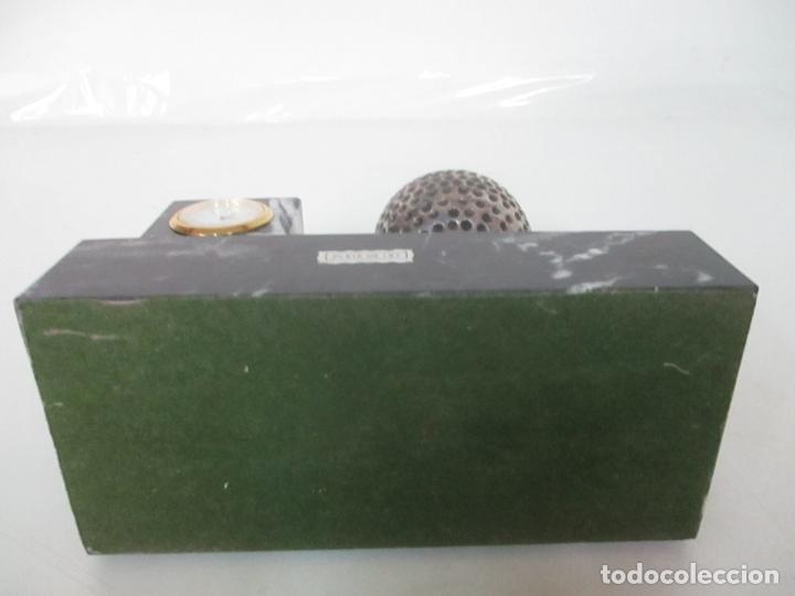 Antigüedades: Decorativo Reloj - con Bola de Golf en Plata de Ley, con Contrastes - Peana de Mármol - Foto 5 - 166013058