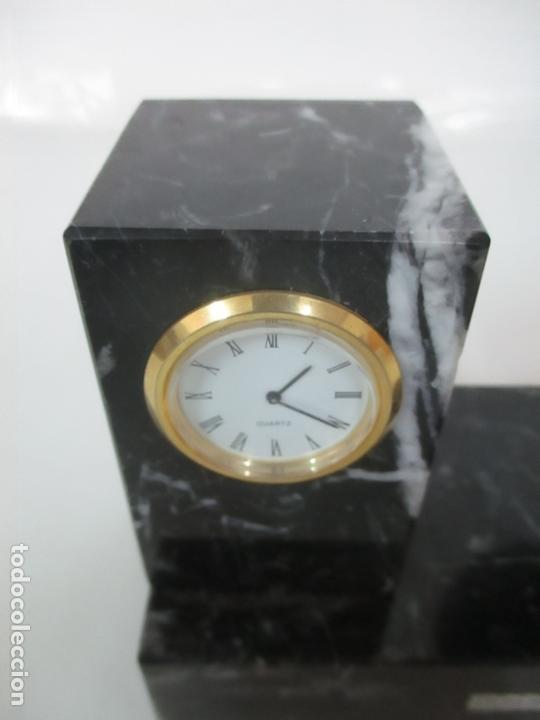 Antigüedades: Decorativo Reloj - con Bola de Golf en Plata de Ley, con Contrastes - Peana de Mármol - Foto 15 - 166013058