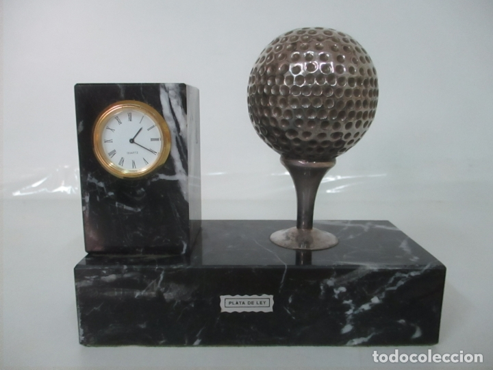 Antigüedades: Decorativo Reloj - con Bola de Golf en Plata de Ley, con Contrastes - Peana de Mármol - Foto 18 - 166013058