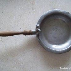 Antigüedades: CACILLO DE ESTAÑO CON AGUILA. Lote 166024446