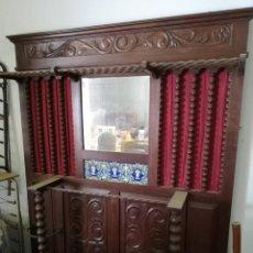 Antigüedades: ARMARIO GABANERO ANTIGUO. Lote 166026246