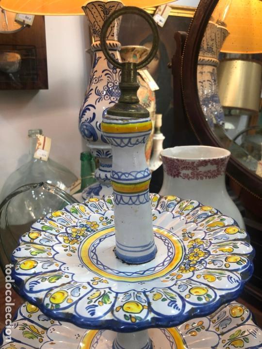 Antigüedades: PRECIOSO FRUTERO CERAMICA TALAVERA DE TRES PISOS - - Foto 2 - 166034758