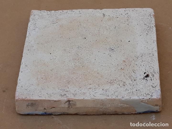 Antigüedades: AZULEJO ANTIGUO DE TALAVERA / TOLEDO - HOLAMBRILLA - TECNICA LISA -SIGLO XVII. - Foto 3 - 166050686