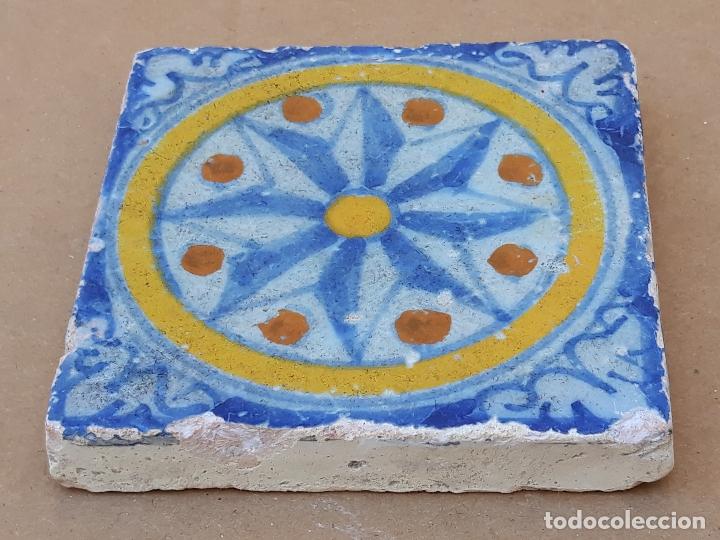 AZULEJO ANTIGUO DE TALAVERA / TOLEDO - OLAMBRILLA - TECNICA LISA -SIGLO XVII. (Antigüedades - Porcelanas y Cerámicas - Talavera)