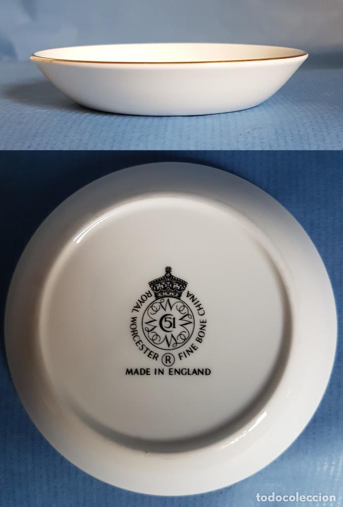 Antigüedades: Platito de porcelana inglesa de Royal Worcester - Foto 3 - 166065058