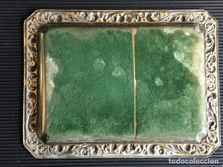 Antigüedades: PRECIOSA BANDEJA DE METAL REPUJADO, PLATEADA - Foto 5 - 166094642