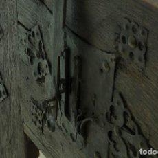Antigüedades: ARCÓN ROBLE SXVII.. Lote 189256127