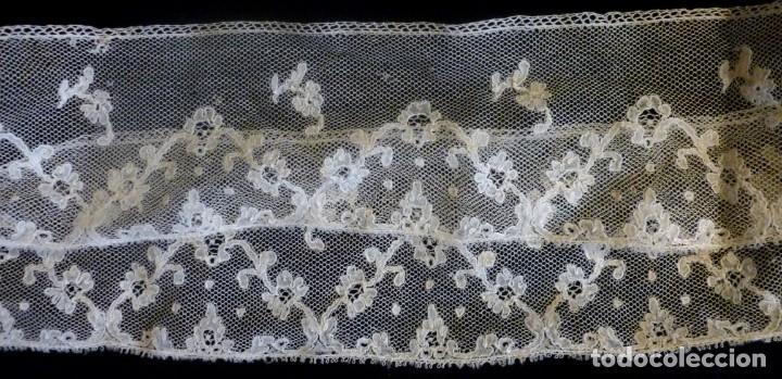 ANTIGUO ENCAJE DE MALINAS S. XIX (Antigüedades - Moda - Encajes)
