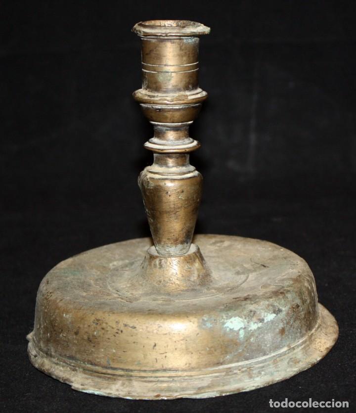 CANDELERO DE SOBREMESA EN BRONCE DEL SIGLO XVIII (Antigüedades - Iluminación - Otros)