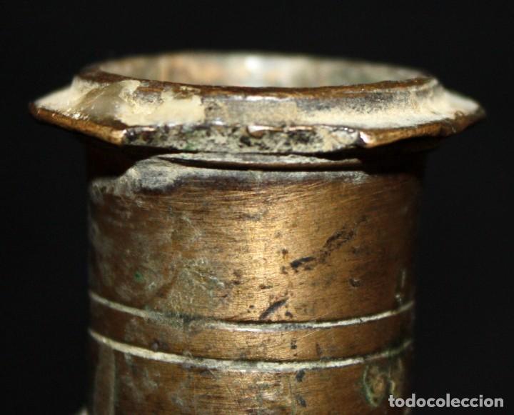 Antigüedades: CANDELERO DE SOBREMESA EN BRONCE DEL SIGLO XVIII - Foto 3 - 166119502