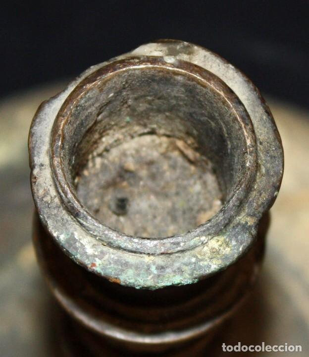Antigüedades: CANDELERO DE SOBREMESA EN BRONCE DEL SIGLO XVIII - Foto 4 - 166119502