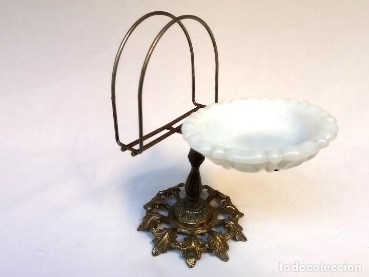 JABONERA DE BRONCE (Antigüedades - Técnicas - Rústicas - Utensilios del Hogar)