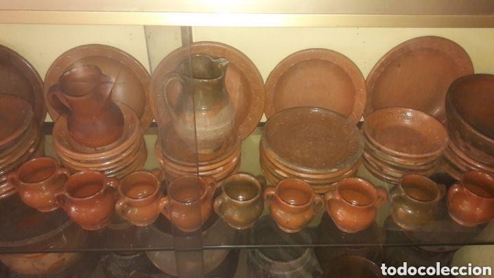 Antigüedades: Indalecio Bonxe Lugo Gran Vajilla única completa Barro Alfarería Popular Gallega años 50 - Foto 2 - 166124885