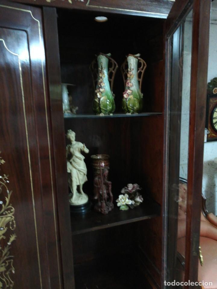 Antigüedades: VITRINA ISABELINA MARQUETERIA LATON S.XIX - Foto 7 - 166165982