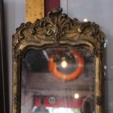 Antigüedades: ESPEJO DE MADERA ESTUCADA Y DORADA. SIGLO XIX. Lote 166198568