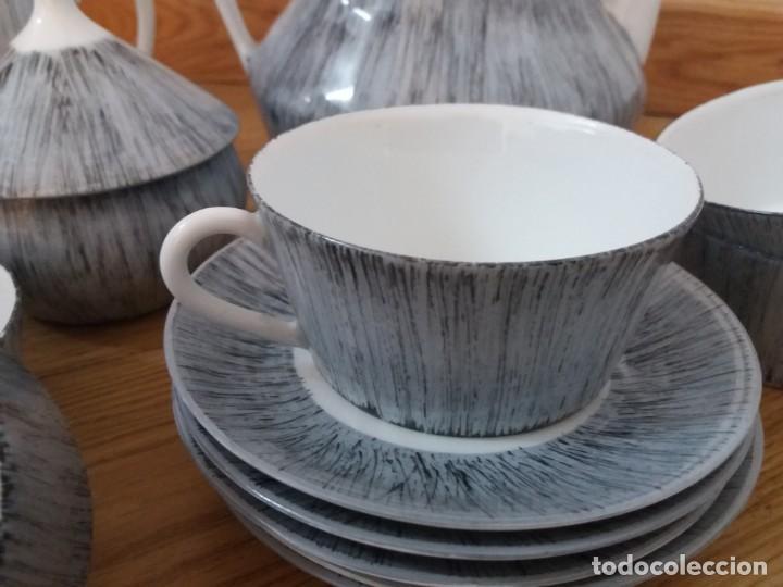 Antigüedades: Juego de café. Castro. Sargadelos. Galicia. Sello Dolmen. Porcelana fina. Pintada a mano. - Foto 5 - 166266526