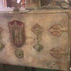 Antigüedades: ANTIGUO BARGUEÑO ESPAÑOL EPOCA. Lote 166280670