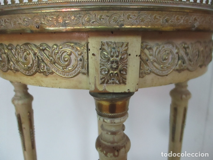 Antigüedades: Curiosa Mesa de Centro - Art Deco - Madera Policromada - Decoraciones en Bronce - Años 20 - Foto 16 - 166301922