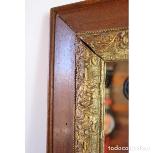 Antigüedades: Antiguo espejo con marco de madera - Foto 4 - 166320570