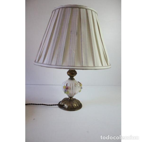 ANTIGUA LÁMPARA DE MESA DE PORCELANA (Antigüedades - Iluminación - Lámparas Antiguas)