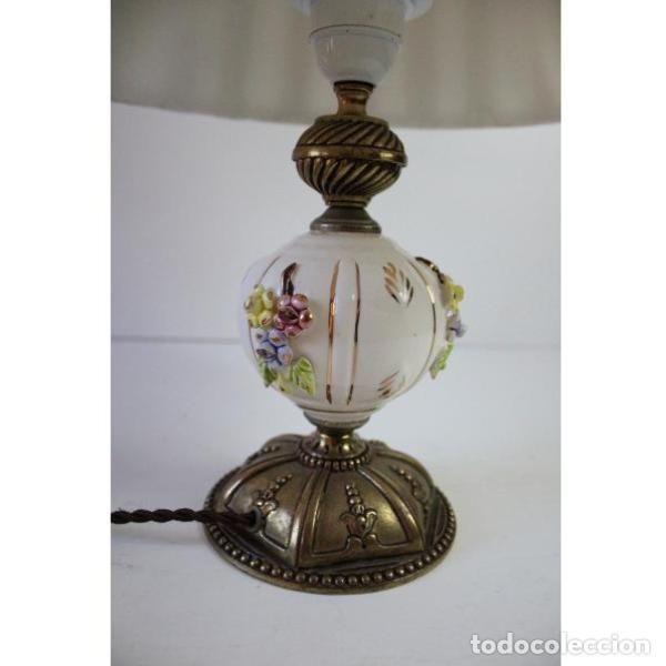 Antigüedades: Antigua lámpara de mesa de porcelana - Foto 2 - 166324238