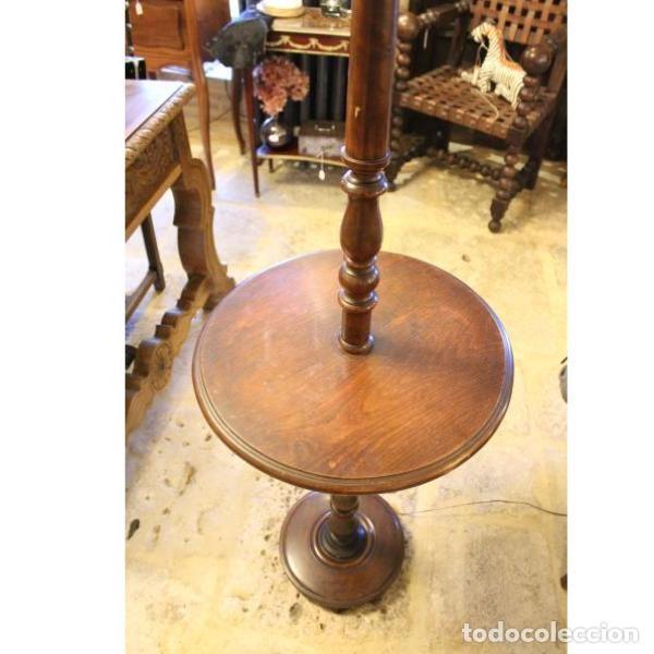 Antigüedades: Antigua lámpara mesa auxiliar de madera años 50 - Foto 3 - 166326378