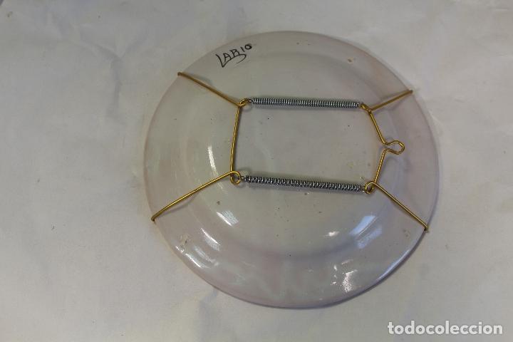 Antigüedades: plato en ceramica lario - Foto 2 - 166353134