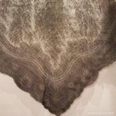 Antigüedades: MANTILLA DE TRES PICOS . Lote 166397598