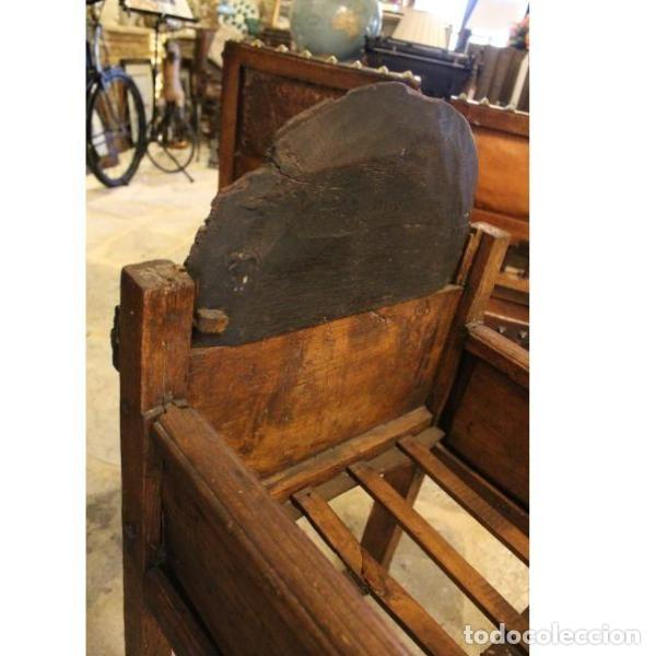 Antigüedades: Antigua cuna de madera de chopo pais - Foto 5 - 166405994