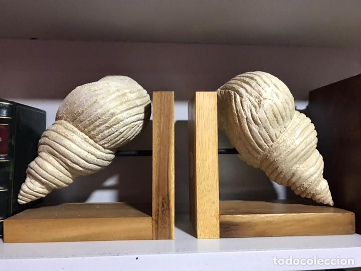 PAREJA DE SUJETA LIBROS (Antigüedades - Hogar y Decoración - Otros)