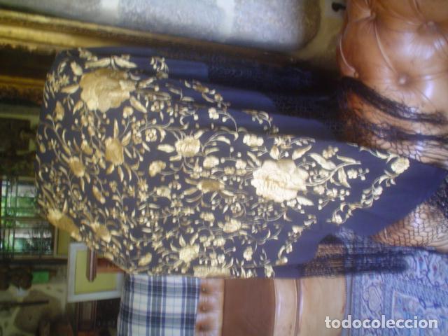 Antigüedades: precioso Manton antiguo de Manila en seda natural bordado España. Medida 207 por 207 cm - Foto 11 - 166455849
