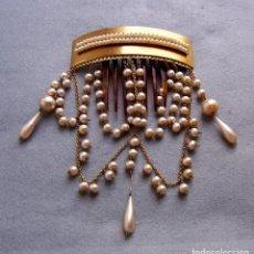 Antigüedades: HERMOSO PEINE DE PELO ANTIGUO CON PERLAS CUELGA. Lote 166461334