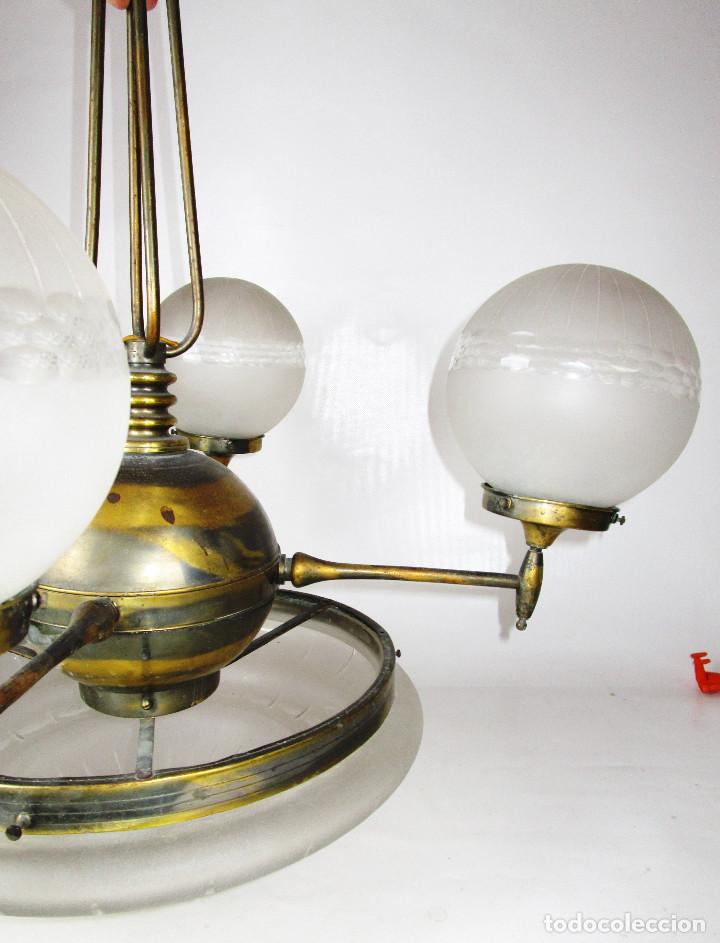 Antigüedades: ENORME LAMPARA ART DECO LATON Y CRISTAL PRENSADO CIRCA 1900 - Foto 4 - 166520638
