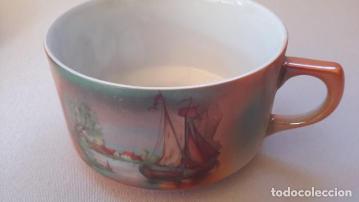 Antigüedades: Juego de tazas y platos con expositor de mimbre - Foto 9 - 166521614