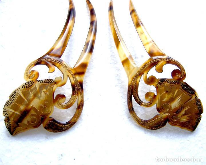 Antigüedades: 2 peinetas Art Nouveau con diseño dorado decorativo. - Foto 8 - 166521974