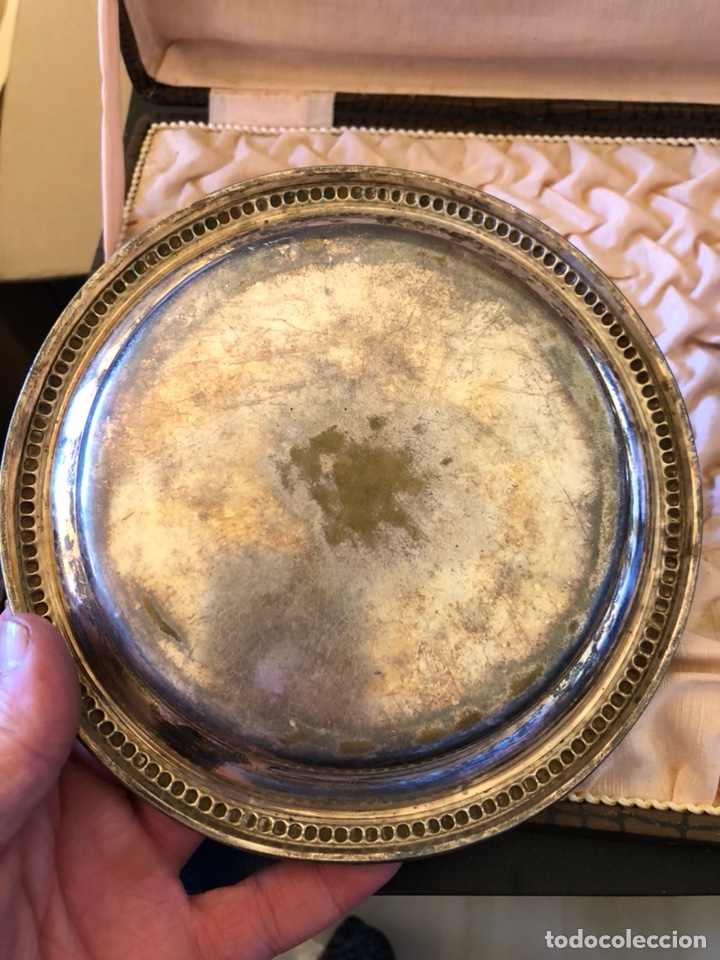 Antigüedades: Bonito cuenco y plato para niño en alpaca plateada, con su estuche, siglo XIX - Foto 3 - 166551501