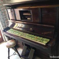 Antigüedades: PIANO Y PIANOLA. Lote 166580381