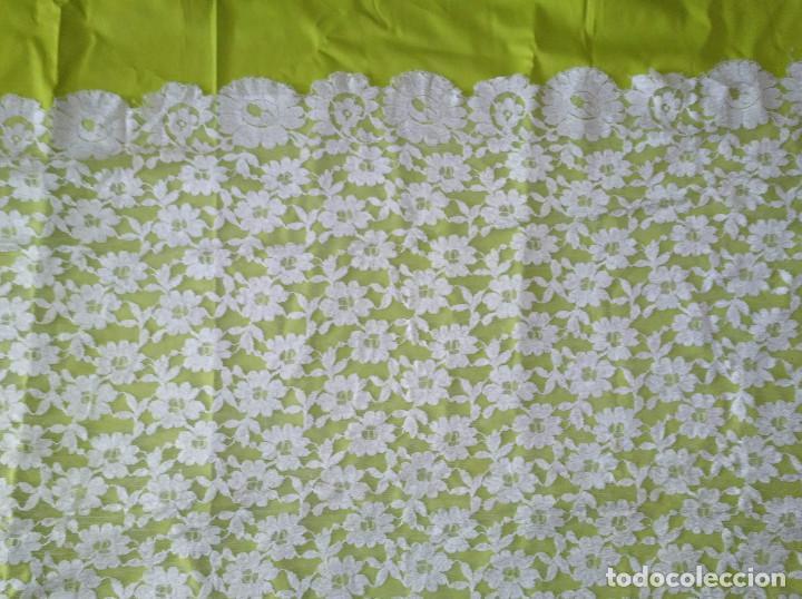 Antigüedades: Mantila blanca motivos florales - Foto 8 - 203904601